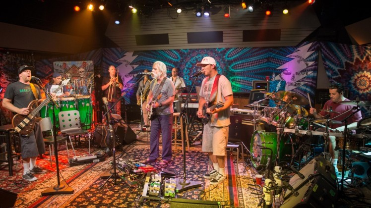 Slightly-Stoopid-Bob-Weir-Sterling-Munksgard-1480x832.jpg